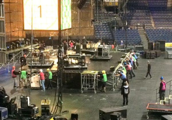Stagehand Veranstaltungshelfer Veranstaltung Personalservice Personaldienstleistung Konzertaufbau Konzerabbau Konzert Personal Helfer