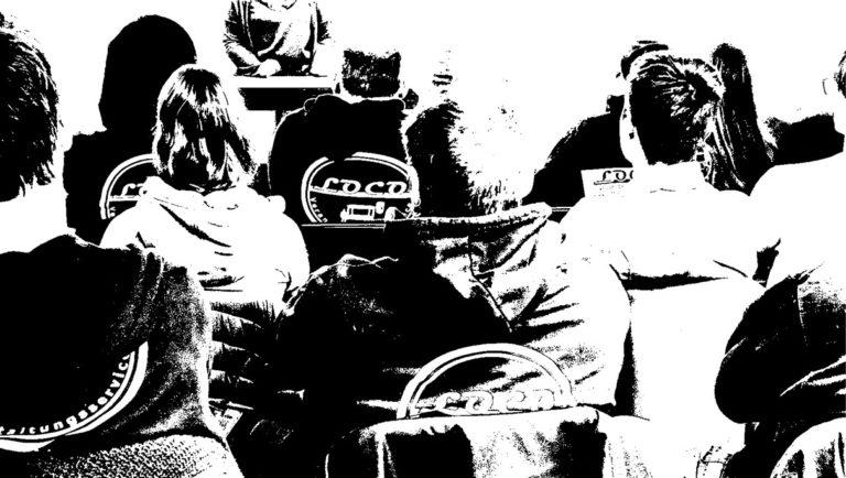 Ausbildung Veranstaltungskauffrau Veranstaltungskaufmann Personaldienstleistungen Stagehands Eventpersonal Veranstaltungstechnik Privatevent Firmenevent Firmenveranstaltung Bodenplatten Eventgitter Stagebarrier Absperrgitter Fahnenmasten Mietmöbel Veranstaltungslogistik fahrplatten Absperrungen Konzert Events Messebau Supatrac Polizeigitter Mobilzaun Bauzaun Bodenschutz Bodenschutzsystem Gabelstapler Eventbranche Stagehand Veranstaltung Ausstattung Eventausstattung Absperrung Personalservice Veranstaltungswirtschaft Bestuhlung Firmenevent Tische Kühlschrank Hochzeit Leitsysteme Biertischgarnituren Zelt Tontechnik Bühnentechnik Klappstuhl Eventequipment Eventinfrastruktur Rasenschutz Eventmöbel Stage Barrier Crash Barrier Bühnengitter Konzertsommer Veranstaltungshelfer Eventhelfer Eventpersonal Mannesmanngitter Aufbauhelfer Kabelbrücke